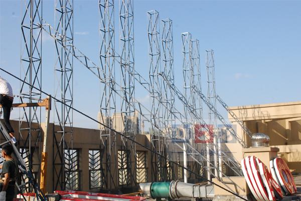 招牌楼顶字安装钢结构制作