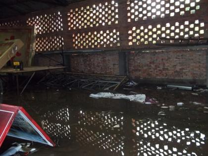 双流县黄水镇遭遇7级大风暴雨袭击